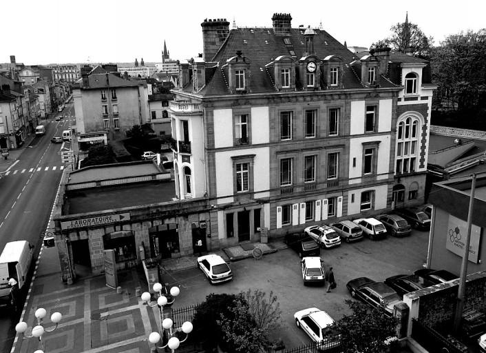 http://eluardamicale.free.fr/atelierpatrimoine/IMG/jpg/ivr74_03870368x_p.jpg